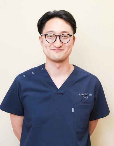 精神科専門医・知症診療医 吉澤宇一